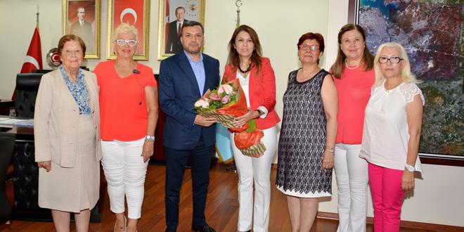 İŞKAD Yönetim Kurulu Başkanı  Berman Mantı ve Yönetim Kurulu ziyaretlerine devam ediyor.Yüreğir Belediye Başkanı Fatih Kocaispir ziyareti.